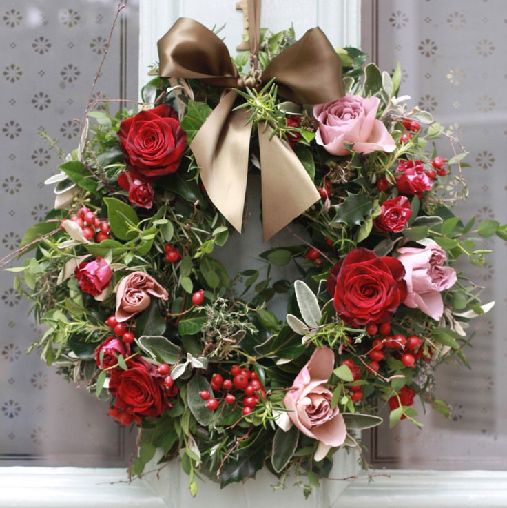 Christmas wreath from thatflowershop.co
