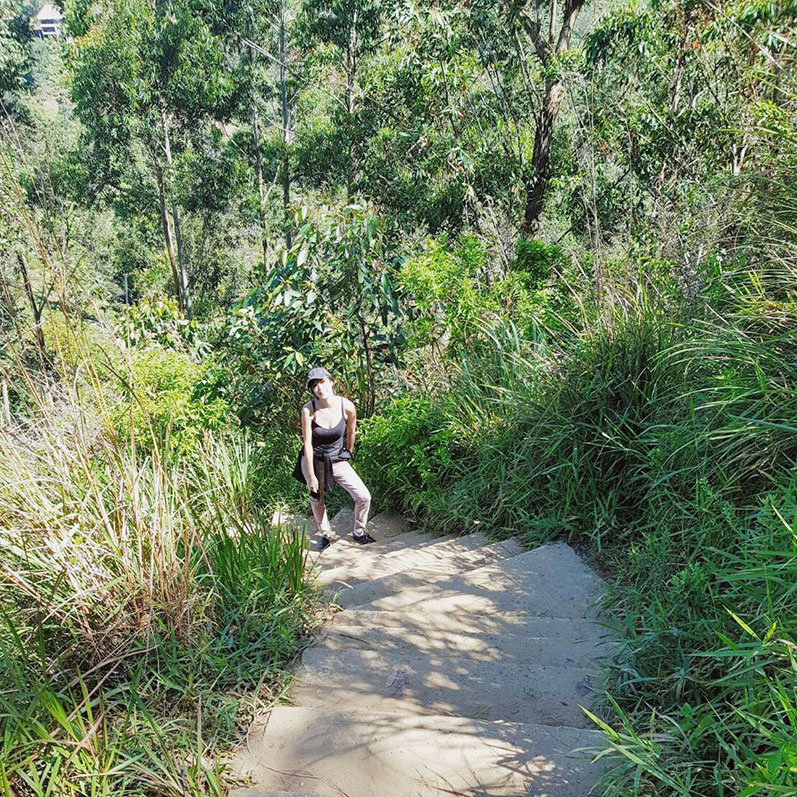 Hiking up Little Adam's Peak in Ella, Sri Lanka. | www.achronicvoice.com
